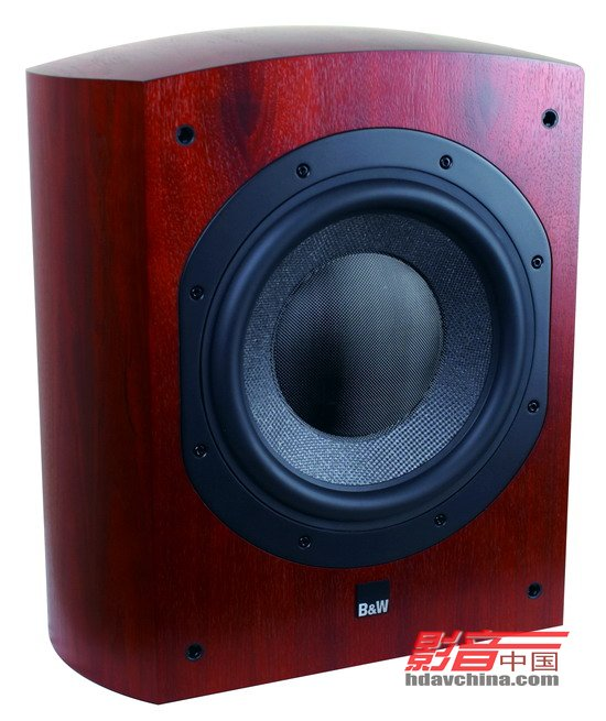 """驱动单元,又称""""喇叭单元""""。它是音箱里面的重要组成部分之一,主要负责不同频率的声音重放。其工作原理是利用电能驱动喇叭振膜来推动空气,从而让人能听到声音。而驱动单元按照所负责的声音频率来划分,驱动单元大致上可分为高音单元、中音单元以及低音单元三种。究竟为什么要把单元分成高、中、低三种单元来负责声音的重放呢?这是因为将声音分成若干个频段并分别由多个单元负责,令每只单元只负责一部分的声音信号,能将音箱有效频率扩宽,同时又能增大输出声压和减低失真,从而达到高保真的声音重放。 此外,驱动单"""
