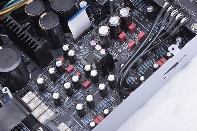 dac电路,前级放大线路和耳机放大线路共用一块电路板