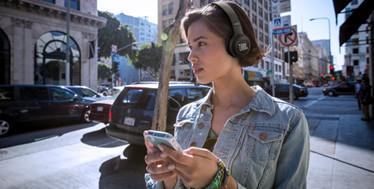 聆听不平凡-JBL DUET BT无线贴耳式耳机