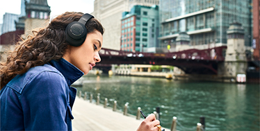 JBL推出DUET NC混合降噪无线罩耳式耳机