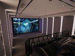 """THX私人认证影院的华丽先行者,感受上海""""夜色空间""""打造的影院系统"""