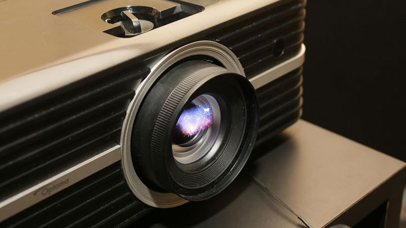 "Optoma UHD51A:可声控、会""听话""的4K投影机"