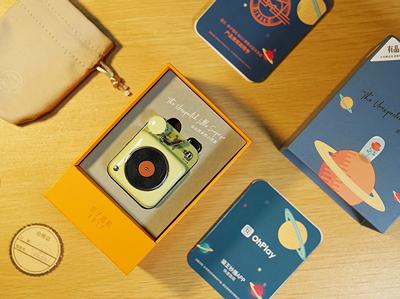 袖珍精致的播放器,猫王原子唱机B612