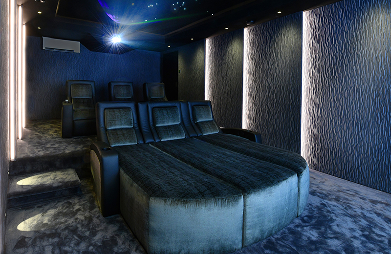 a-home-cinema-without-compromise-img2.jpg